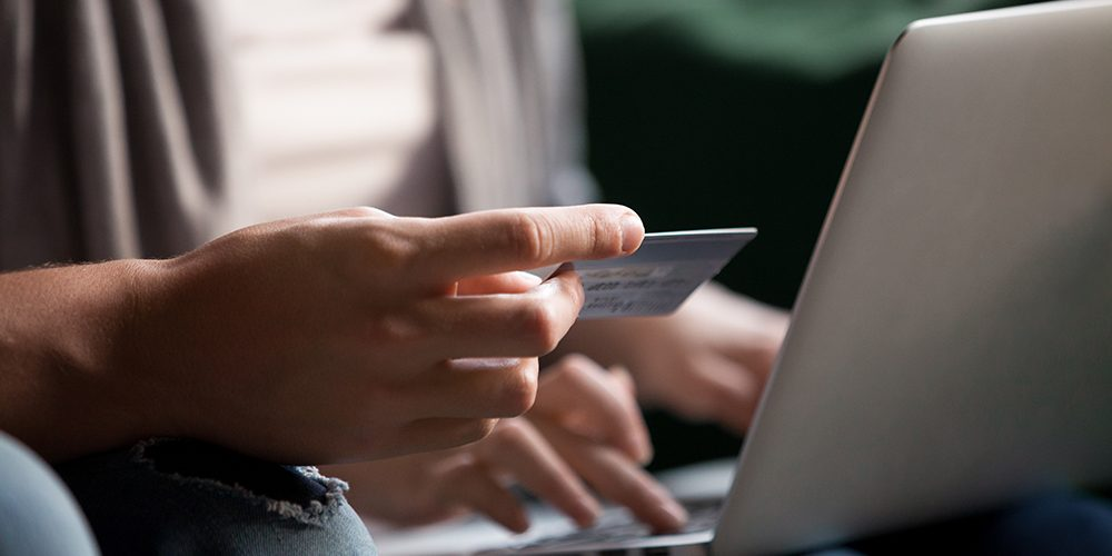 How to book a holiday online safely